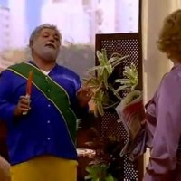 Lula aposentado recebe o Mata Mosquito